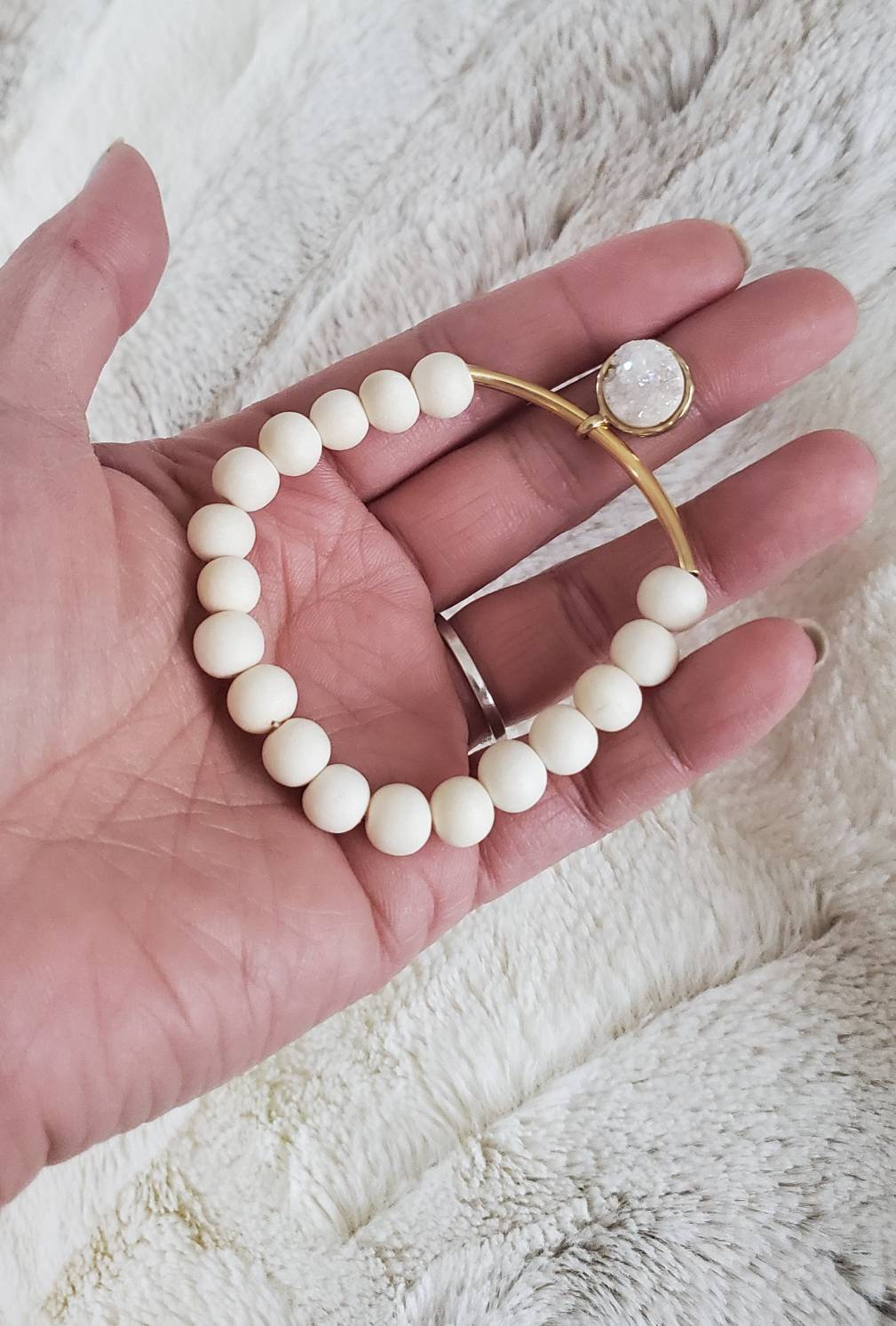 Aretez White Wood Curved Tube with Druzy Charm (genuine stone) Bracelet (8mm beads)