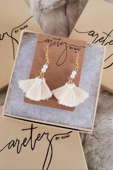 Aretez SulogDatu Mini Pearl Cream White Tassel Earrings | Small Fringe Tassel Dangle Earrings